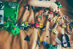 hand playing childhood game 168866